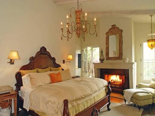 Halle Berry-master bedroom
