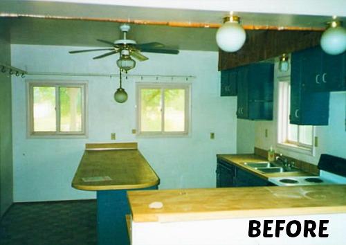 farmhouse Kitchen before remodel