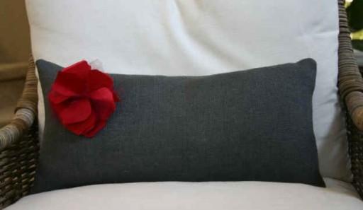 lumbar pillow-red flower