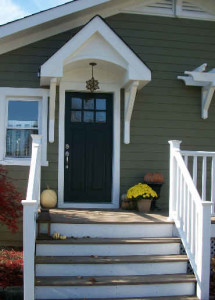 front door of Londen's Craftsman style cottage
