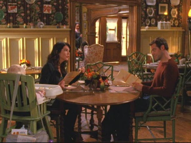 Gilmore Girls  Dragonfly Inn and Stars Hollow 21f4b362480a