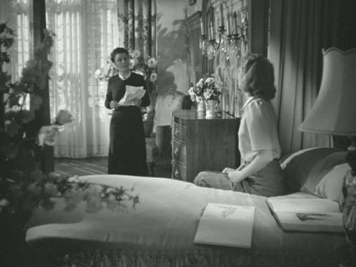 Mrs. De Winter's bedroom 4