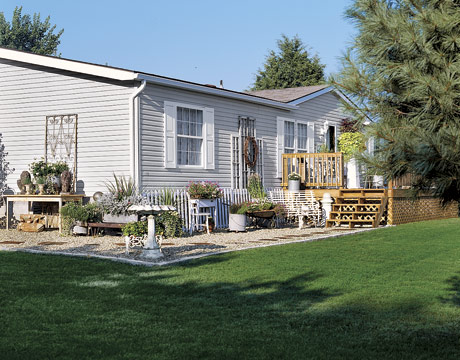 This is not an ordinary mobile home hooked on houses Landscape design ideas mobile home