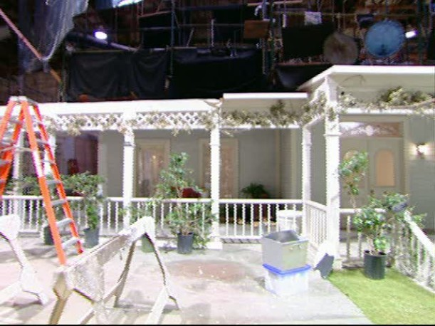 Tour-Lorelai's porch set