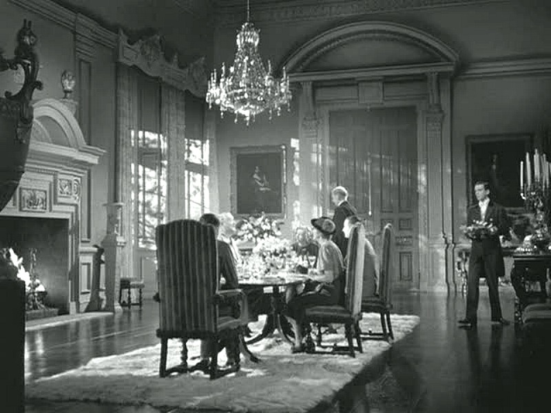 Rebecca movie Manderley dining room chanderlier