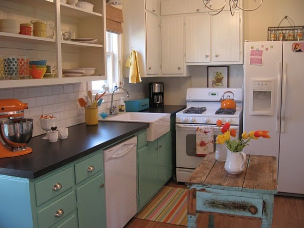 Vintage Sassy kitchen after 5