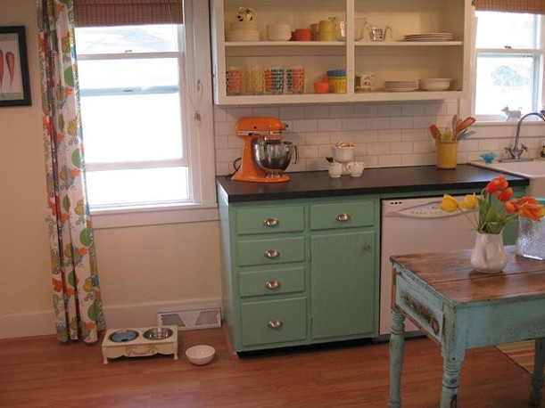 Vintage Sassy kitchen after 6
