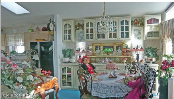 Alaska Doll House