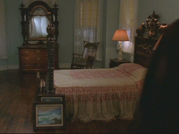 Lorelai\'s bedroom with Luke\'s family heirloom furniture in it