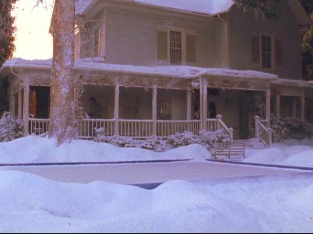 Lorelai's house ext 1