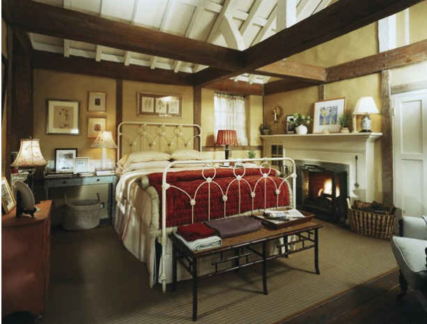 English Cottage Decor Inspiration {Kate Winslet's Cottage