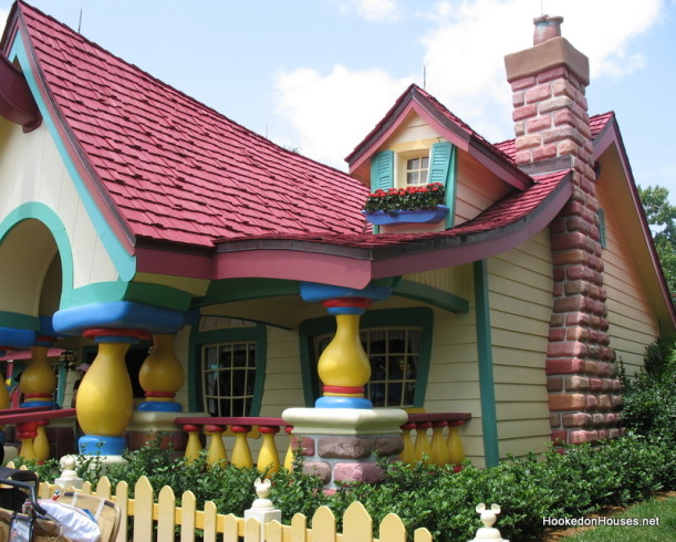 Mickey Mouse's house 1