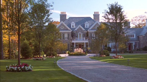 Joanna's house-driveway