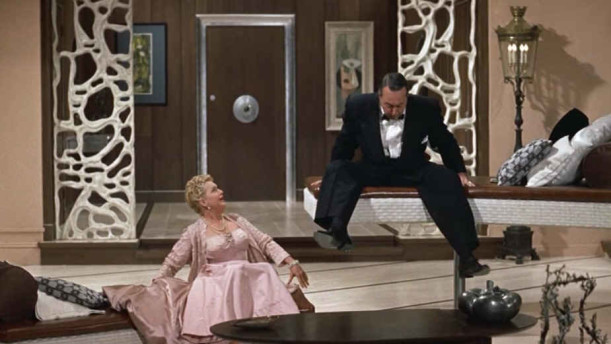 adjustable sofas in Auntie Mame