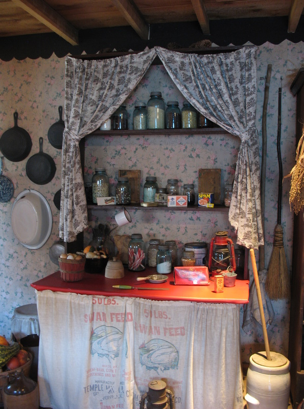 Visit Dolly Parton S Childhood Home
