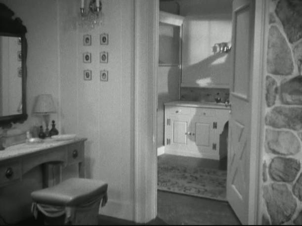 bedroom open to bathroom in Bringing Up Baby house