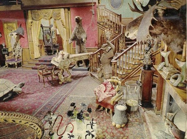 Addams Family Living Room Set in Color