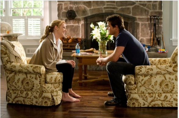 Katherine Heigl-Josh Duhamel-fireplace