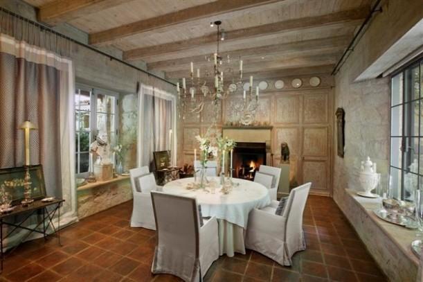 Villa Saladino-dining room