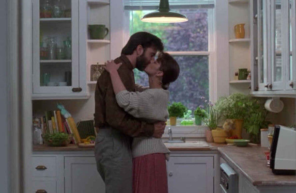 kitchen-kissing
