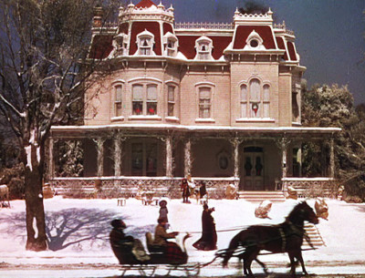 Vote For Your Favorite Christmas-Movie House!