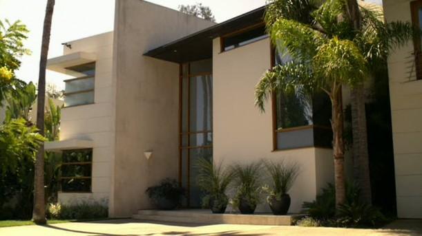 Modern Family-Jay and Gloria's house