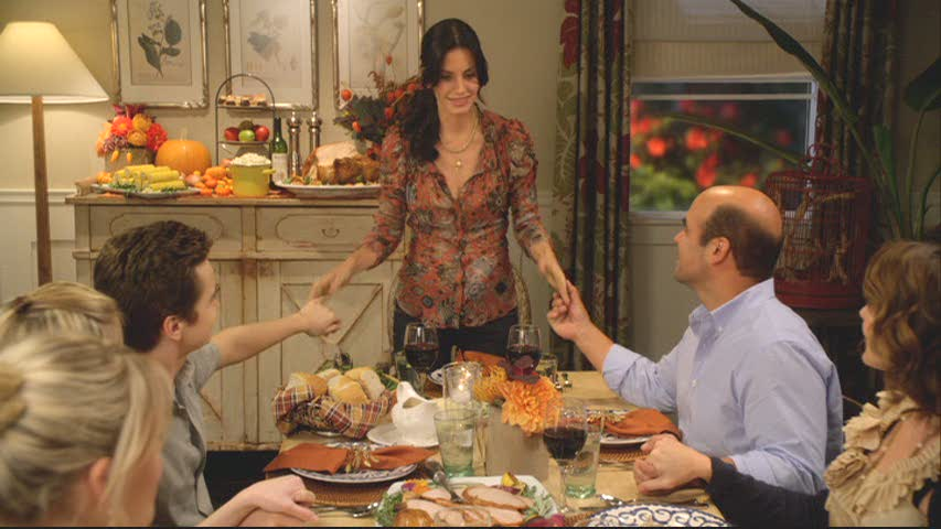 Courteney Cox in her character\'s dining room at Thanksgiving