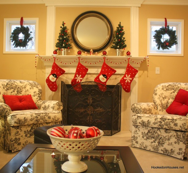 family room Christmas 2
