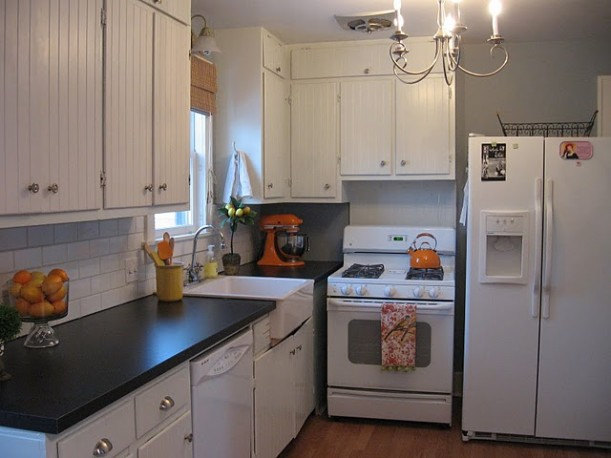 Vintage-Sassy-kitchen-before-611x458