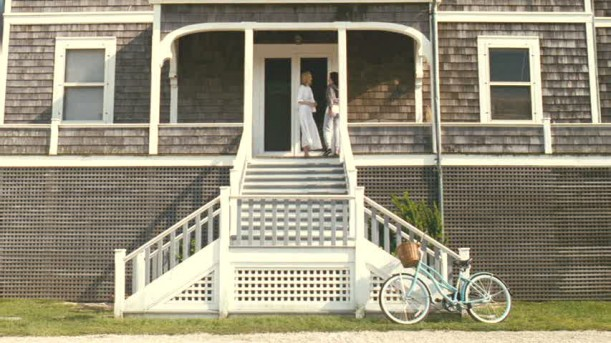 Nantucket house-front steps