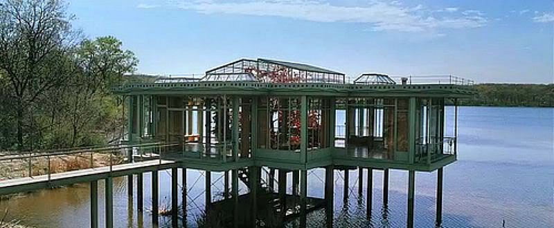 the-lake-house-movie-glass-house-built-in-illinois