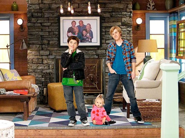 promotional photo of Gabe and PJ on Good Luck Charlie