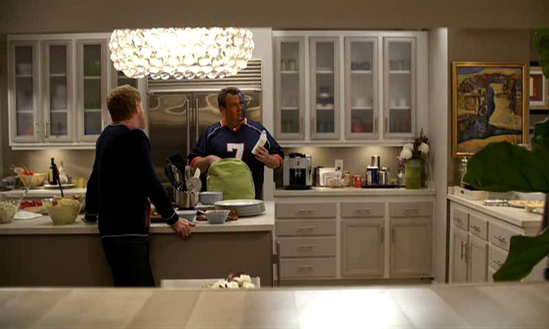Jay and Gloria's kitchen on Modern Family TV