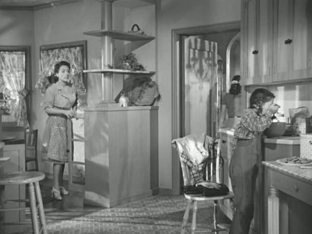 Mildred Pierce\'s kitchen