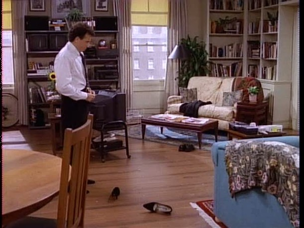 frasier living room flight and hotel paul amp s apartment in mad about you 10960