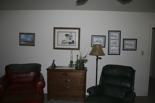living room before redecorating