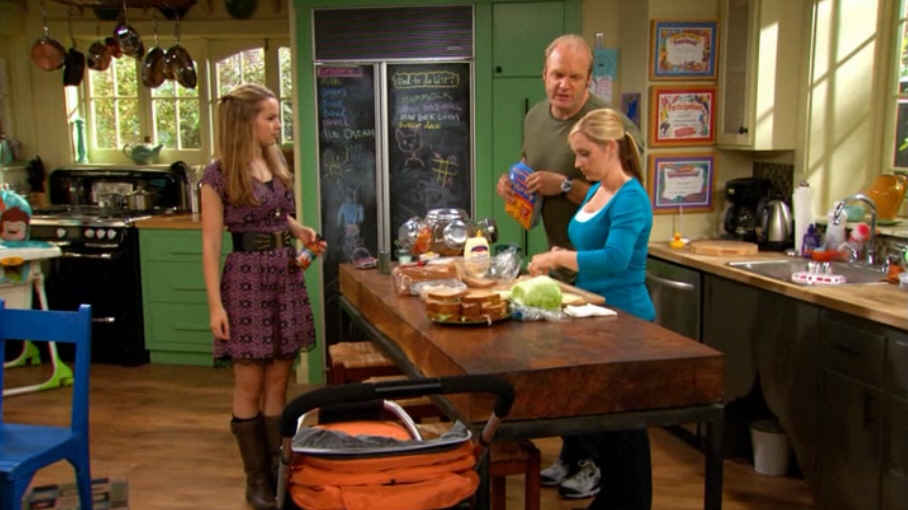 Good Luck Charlie House and Sets