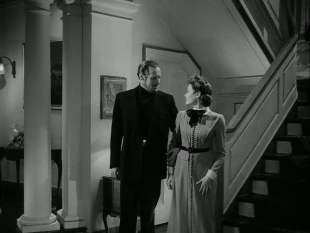 Rex Harrison and Gene Tierney-staircase
