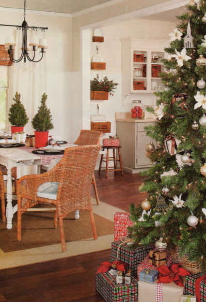 The Lettered Cottage Dining Room Cmas Ideas Hooked On Houses