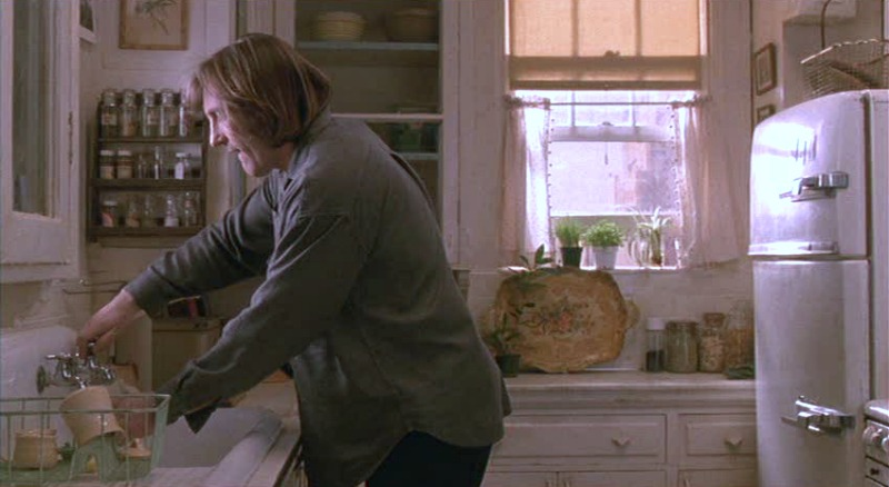 Tiny kitchen in movie Green Card