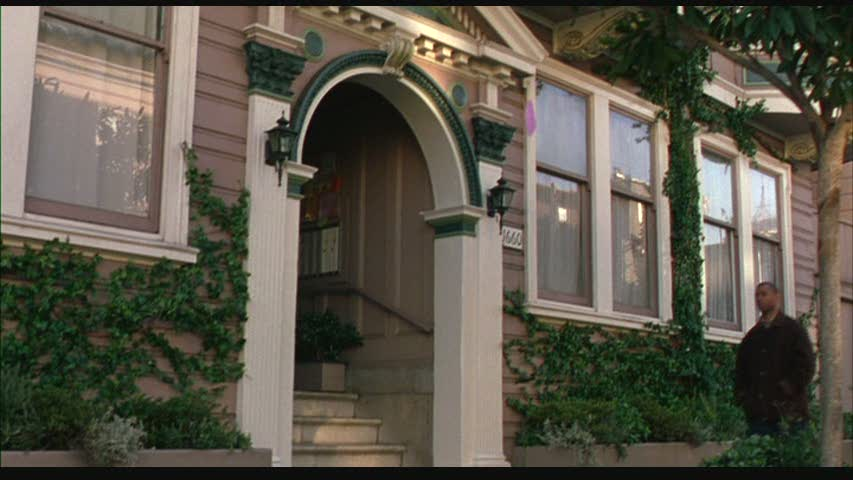 front entry to Just Like Heaven apartment building in San Francisco