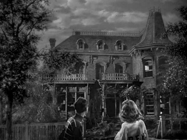 It's a Wonderful Life-Bailey house before