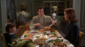 Thanksgiving dinner-apartment-Miracle 34th remake