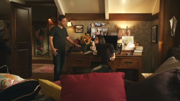 Aria\'s bedroom desk