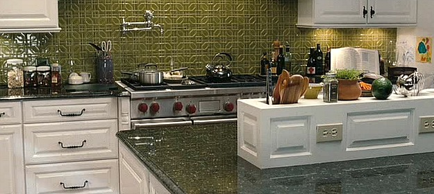 green tile backsplash in The Change-Up movie