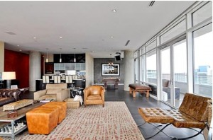 Khloe Kardashian and Lamar Odom's condo in Dallas 9
