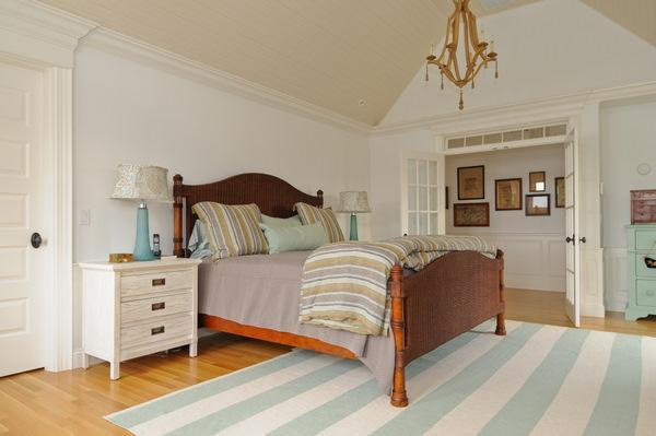 Replica of grey gardens house in cape cod bedroom hooked on houses - Cape cod style bedroom image ...