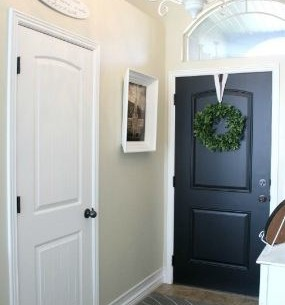 Turning a Coat Closet Into a Mudroom-Like Nook