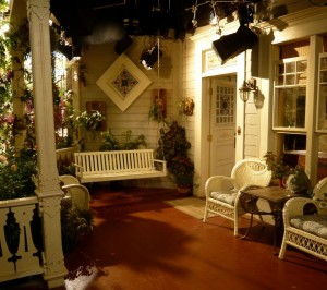 Victorian front porch on Hot in Cleveland