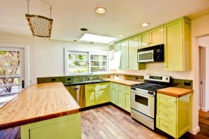 Tori Spelling's green kitchen Malibu